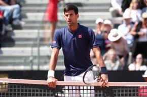 Grazie, Roma. Grazie, Djokovic. Il tennis non è tutto potenza. Anzi, è intelligenza e tocco