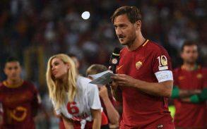 Francesco, che invidia hai fatto ai tifosi di Maldini e Del Piero! Se vuoi giocare ancora, fallo in inglese….