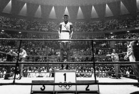 Era il 5 settembre. La magica storia di Cassius Clay, oro a Roma 1960