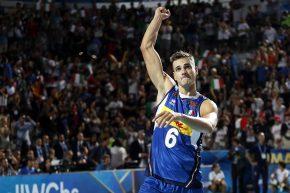 """""""Non sono sorpreso dell'Italia. Giannelli è l'uomo-guida che fa girare la squadra: ora avanti verso la finale!"""""""