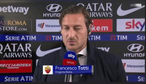 Totti è tornato in campo! Purtroppo, non da calciatore ma sempre per la Roma