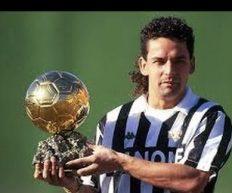 24 dicembre 1993, Roberto Baggio vince il Pallone d'Oro