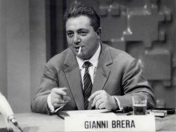 19 dicembre 1992, muore Gianni Brera, il re dei giornalisti sportivi italiani