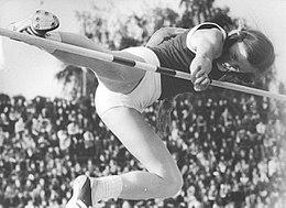 4 aprile 1952 – Nasce Rosemarie Ackermann, la donna dei 2 metri