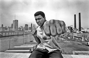 Tre anni fa ci lasciava Muhammad Ali, eroe popolare e peccatore