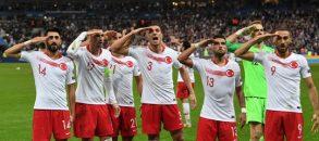 Forse il sostegno dei calciatori turchi a Erdogan non è così sentito