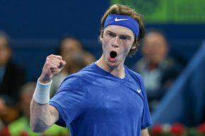 Roland Garros, day 9 Ancora tu? Sarà nuovo duello tra Rublev e Tsitsipas