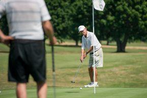 Diventiamo vecchi perchè smettiamo di giocare a golf…