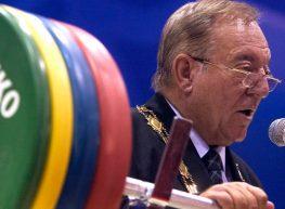 Quaranta casi di doping e dieci milioni di dollari spariti: i pesi sono la zavorra del… CIO