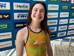 Benedetta Pilato ragazza prodigio: medaglia d'oro nei 50 rana con record italiano a Budapest
