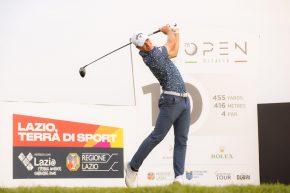 Golf, N.Hojgaard vola in testa all'Open d'Italia. E.Molinari e Laporta 9/i